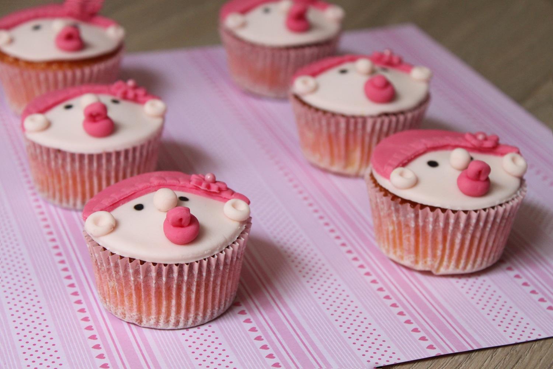 Cupcakes à la vanille { spécial Baby Shower }