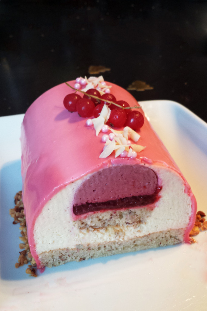Buche glacee fruits rouges