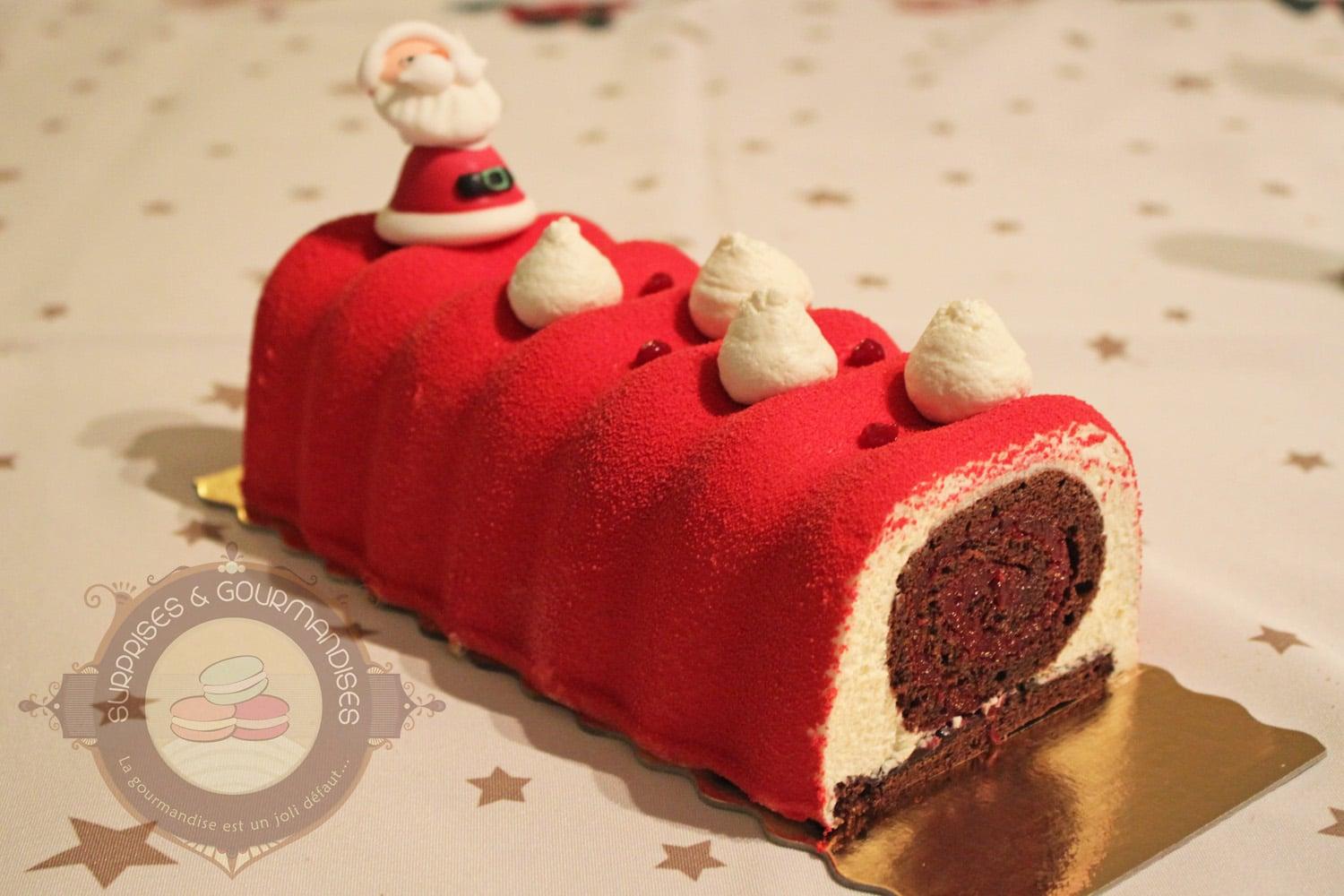 Bûche de Noël #18 : chocolat, griotte et fève tonka