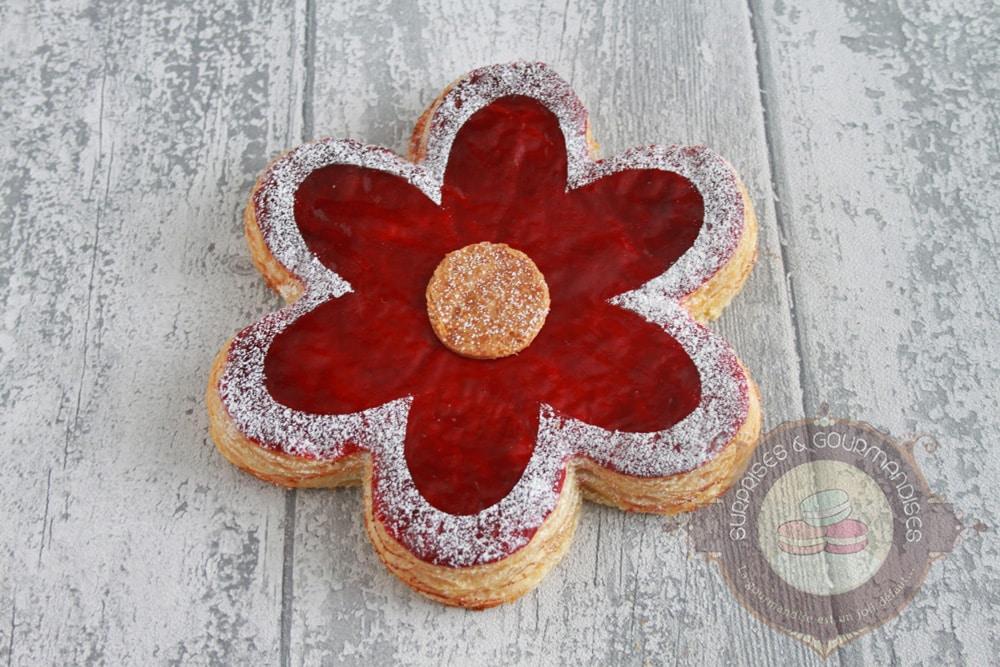 Galette «fleur» à la fleur d'oranger et à la framboise inspirée de Yann Brys