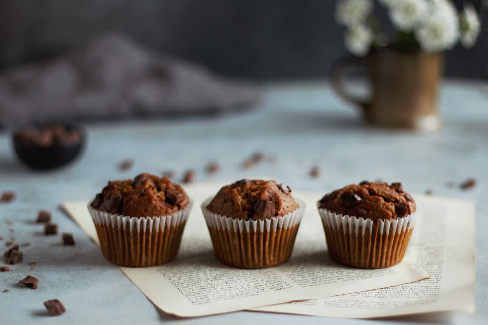 Muffins chocolat, banane et sucre de coco